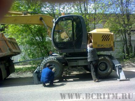 Экскаватор ЕК-12 в ремонт